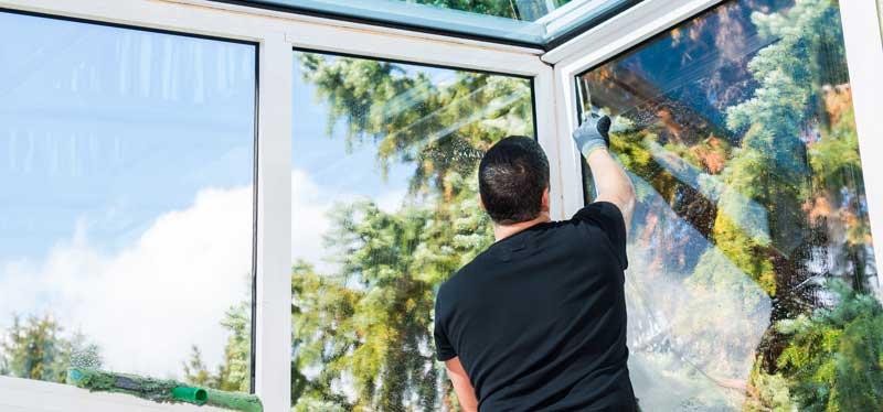 Fée du propre - Entreprise de nettoyage à Dijon pour particuliers et professionnels - Locaux professionnels, industriels, copropriétés, vitrerie, espaces verts